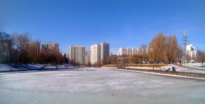 Москва. 10 марта 2016. Пруд на Вяземской