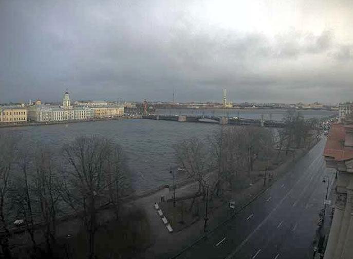 Санкт-Петербург.  Нева, Кунсткамера и Дворцовый мост