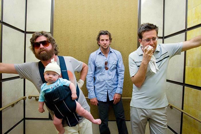 Мальчишник в Вегасе.  Алан с малышом, Фил и Стюарт