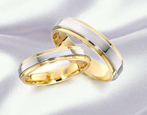 gold_rings.jpg