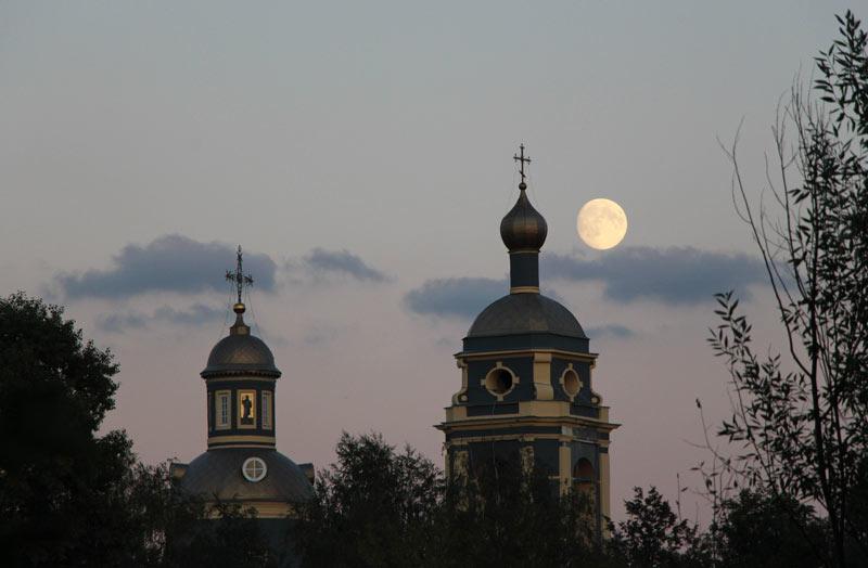 Супер-Луна и храм 7 сентября 2014 ©  abc2home.ru by Sergey Ov